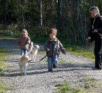 Anna und Julian mit Hunden.jpg